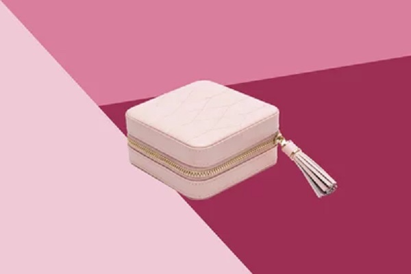Jewelry cases you can travel with