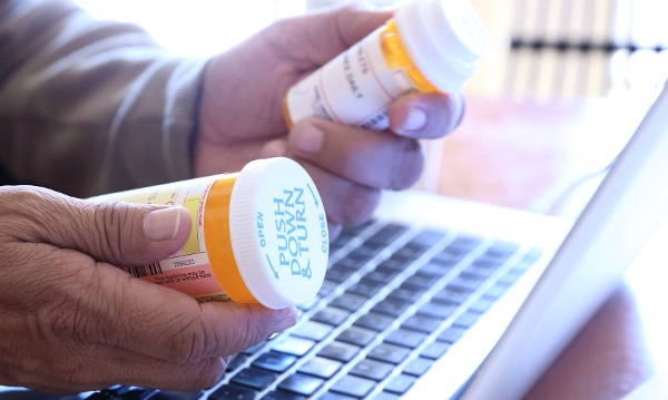 Online Pharmacies – Which Are Bogus and Which Are Not