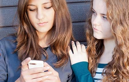 Sexting in Teens: Facts, Consequences, And Preventions