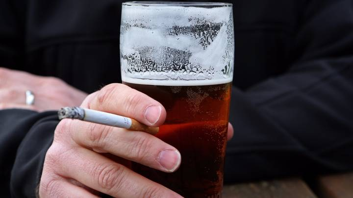 Why Your Brain Craves Cigarettes When You Drink