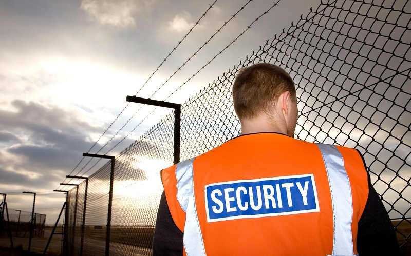 Role of Reception Security Guard in Bristol