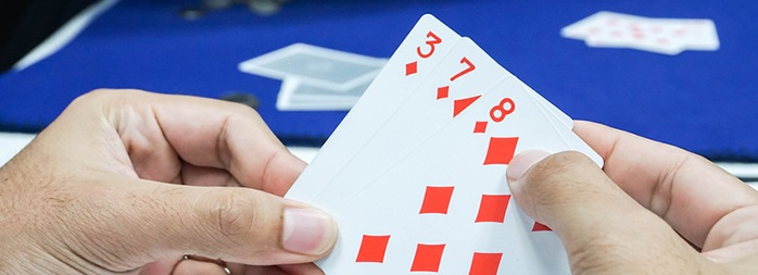 5 common mistakes you can make when you play rummy online.
