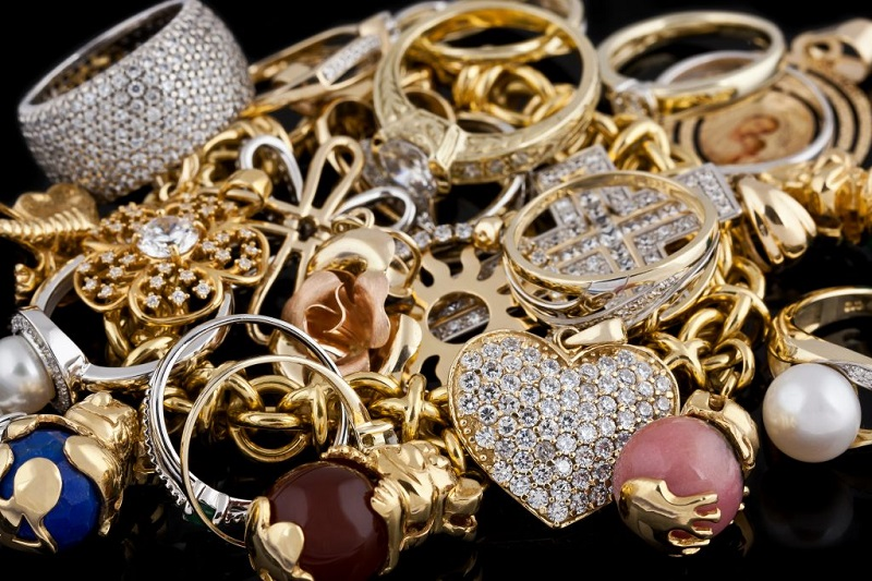 Step-by-step instruction: How to open an online jewelry store