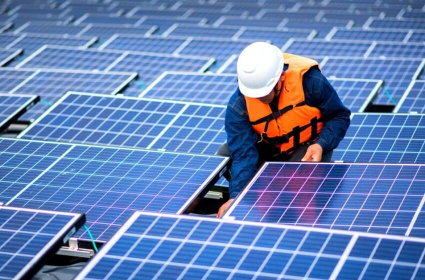 READ TOP TIPS FOR SOLAR PANEL MAINTENANCE