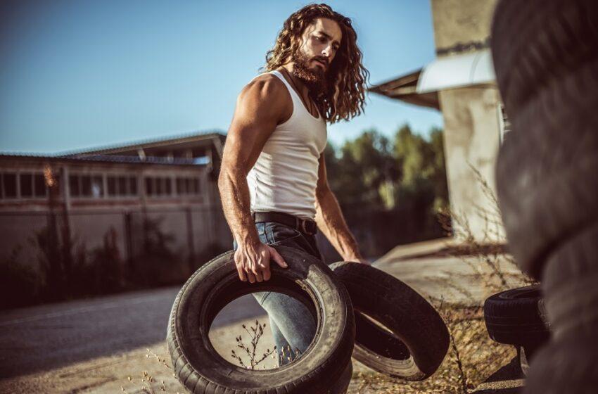 5 Ways To Flaunt Long Hair For Men