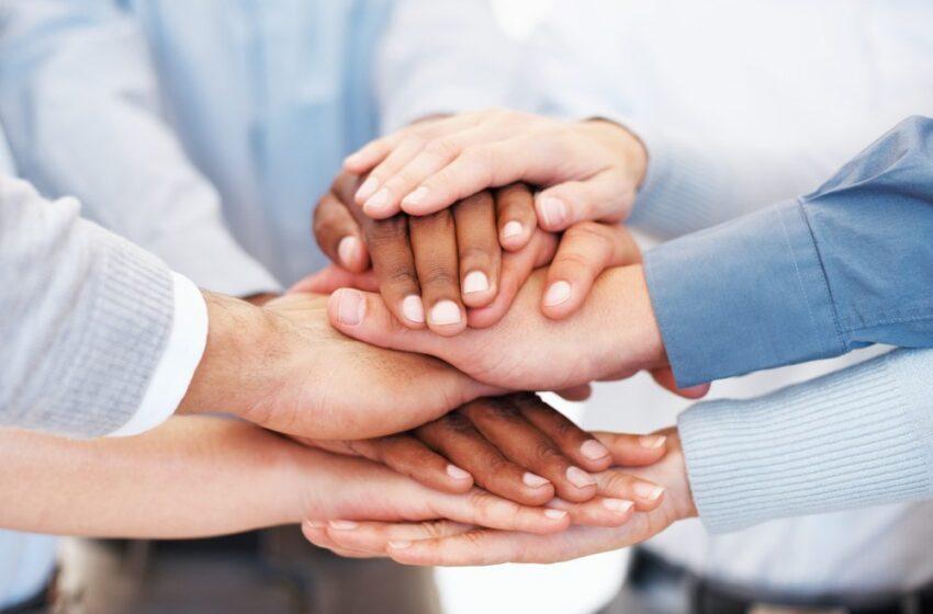 5 Reasons Leaders focus on charitable giving